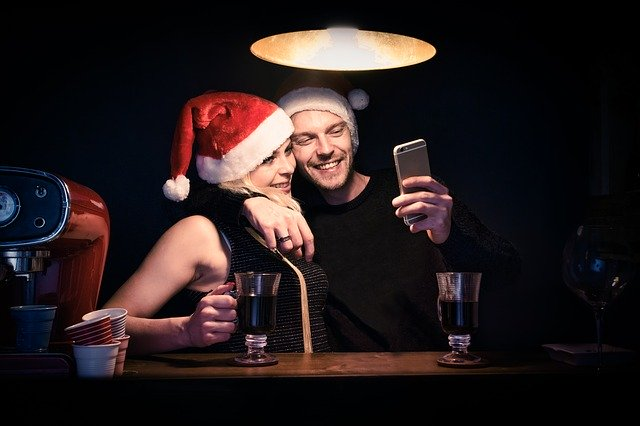 Holiday Dating Tips